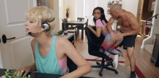 Gamer Girl Needs Anal
